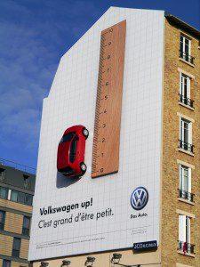 Креативная-наружная-реклама-Фольскваген-Ап