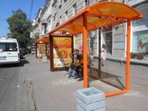 реклама на остановочном павильоне Ростов